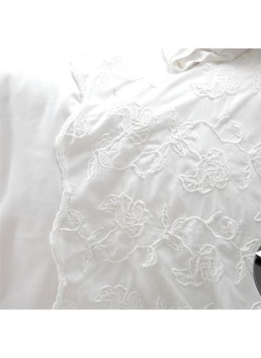 Chakra Bernıcıa Nevresım Setı E.Kng Beyaz